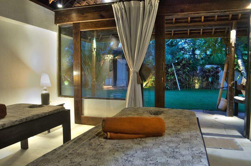 Villa Phinisi Spa, Seminyak | 6 Bedroom Villas Bali