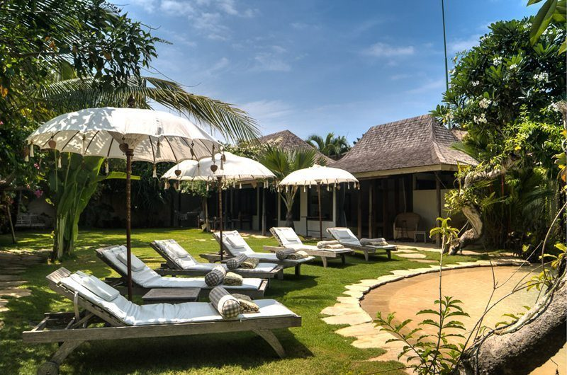 Villa Phinisi Sun Loungers, Seminyak | 6 Bedroom Villas Bali
