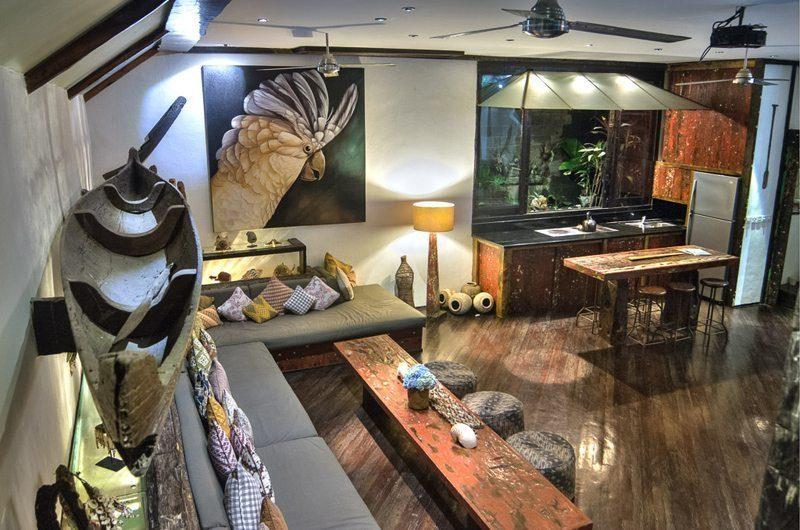 Villa Phinisi Living and Dining Area, Seminyak | 6 Bedroom Villas Bali