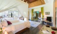 Villa Sayang D'Amour Bedroom and En-Suite Bathroom, Seminyak | 6 Bedroom Villas Bali