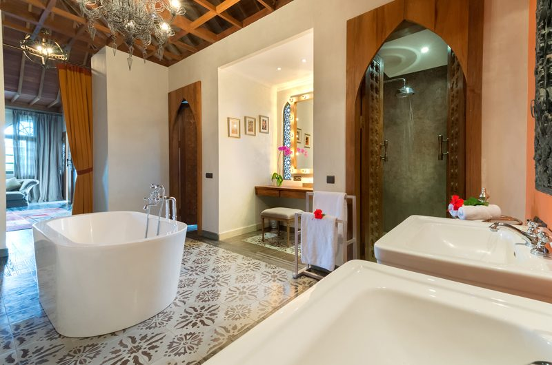 Villa Sayang D'Amour En-Suite Bathroom, Seminyak | 6 Bedroom Villas Bali