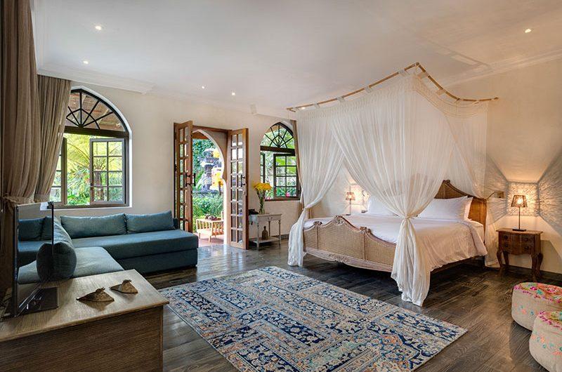 Villa Sayang D'Amour Bedroom with Sofa, Seminyak   6 Bedroom Villas Bali