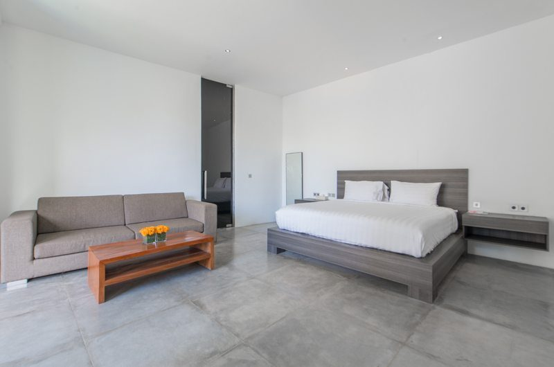 Villa Simpatico Spacious Bedroom with Sofa, Seminyak | 6 Bedroom Villas Bali