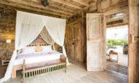 Villa Sungai Tinggi Bedroom with Wooden Floor, Pererenan | 6 Bedroom Villas Bali