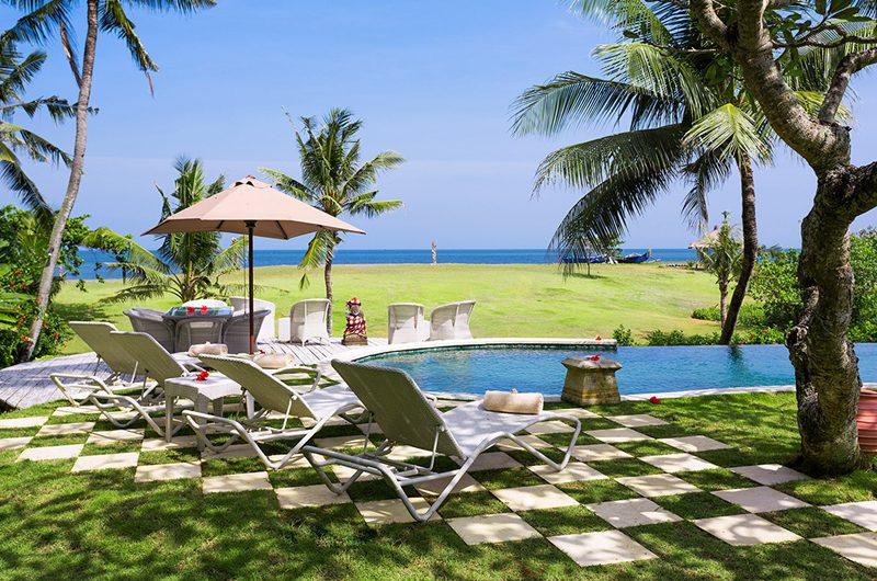 Villa Sungai Tinggi Reclining Sun Loungers, Pererenan | 6 Bedroom Villas Bali