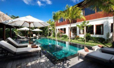 Villa Tangram Sun Loungers, Seminyak | 6 Bedroom Villas Bali
