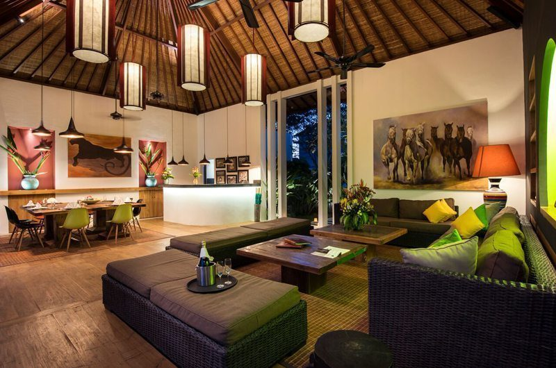Villa Tangram Living and Dining Area, Seminyak | 6 Bedroom Villas Bali