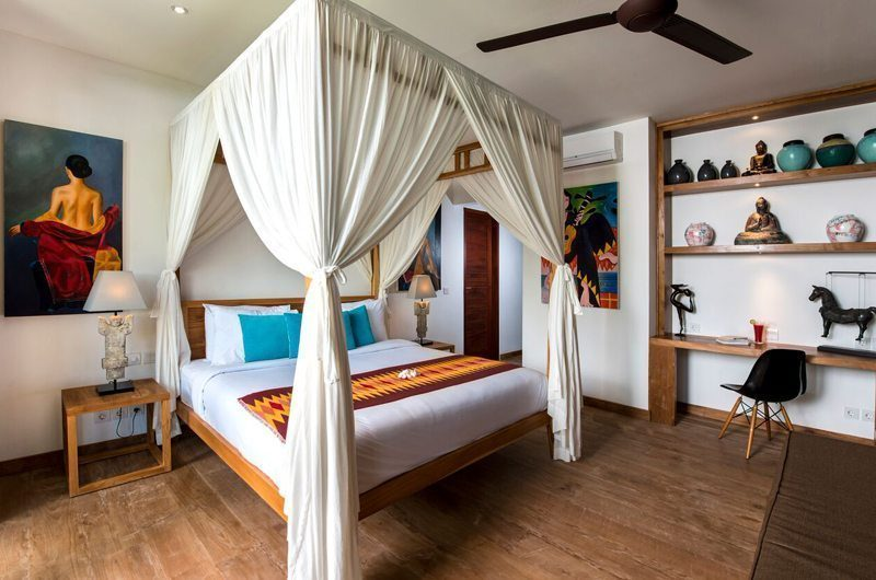 Villa Tangram Bedroom with Wooden Floor, Seminyak | 6 Bedroom Villas Bali