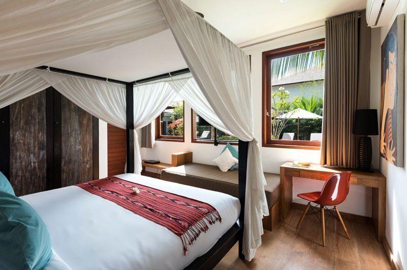 Villa Tangram Four Poster Bed, Seminyak | 6 Bedroom Villas Bali