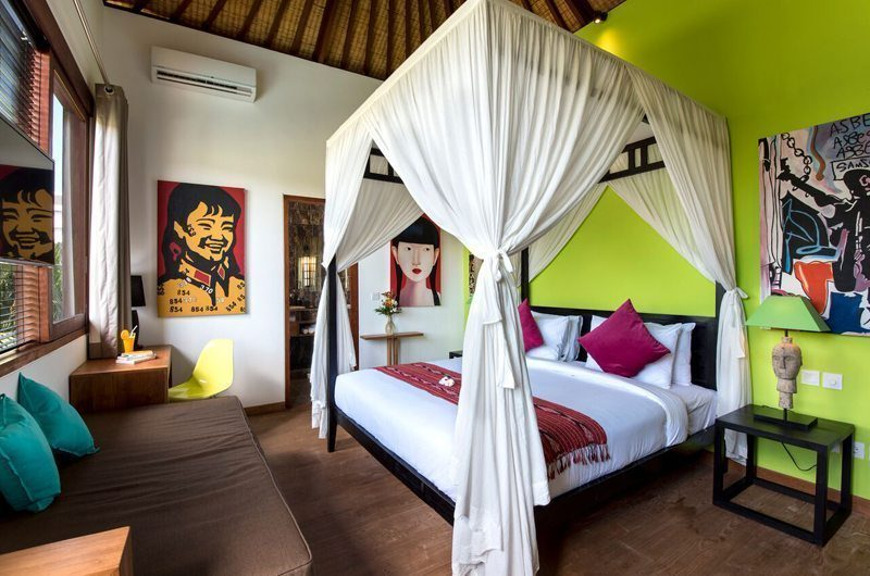 Villa Tangram Bedroom with Seating Area, Seminyak | 6 Bedroom Villas Bali
