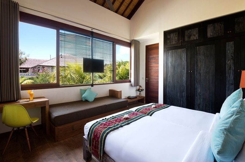 Villa Tangram Bedroom with Study Table, Seminyak | 6 Bedroom Villas Bali