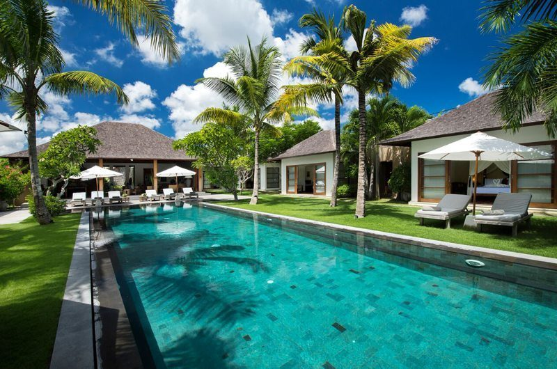 Villa Tiga Puluh Swimming Pool, Seminyak | 6 Bedroom Villas Bali