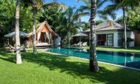 Villa Tiga Puluh Gardens and Pool, Seminyak | 6 Bedroom Villas Bali