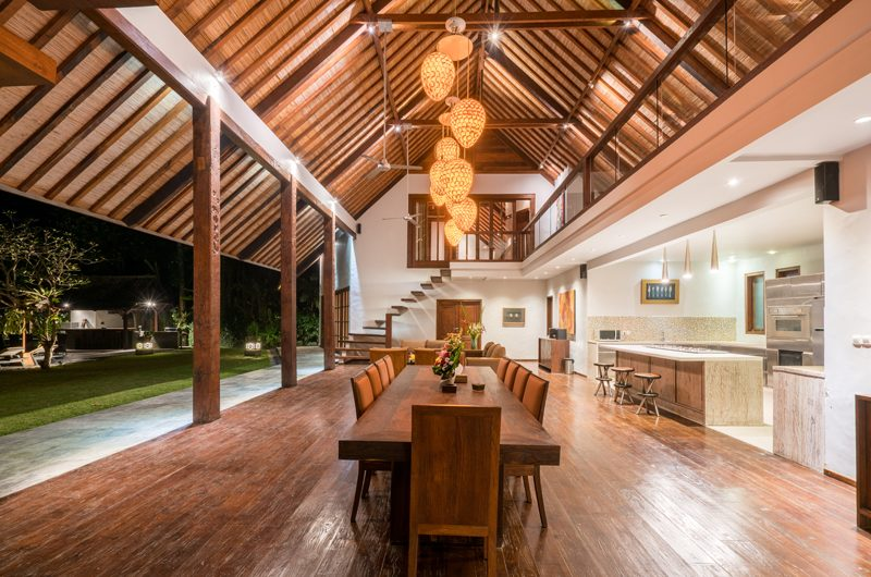 Villa Tirtadari Dining Area, Umalas | 6 Bedroom Villas Bali