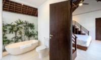 Villa Tjitrap Bedroom and En-Suite Bathroom, Seminyak   6 Bedroom Villas Bali