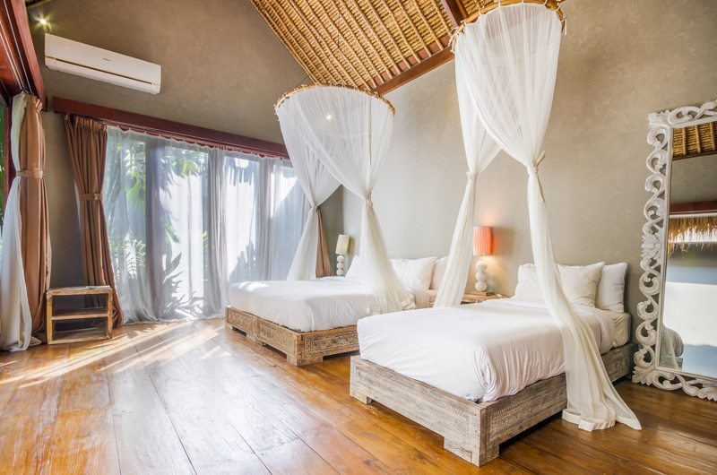 Villa Yoga Bedroom with Twin Beds, Seminyak | 6 Bedroom Villas Bali
