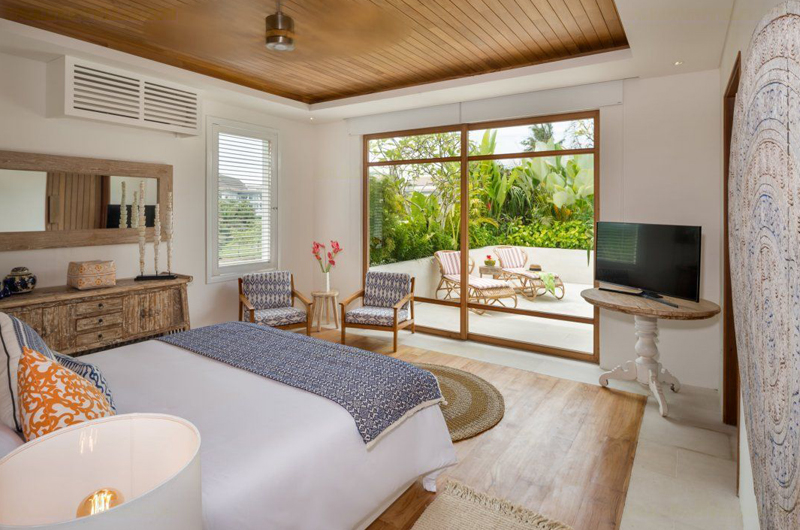 Villa Zambala Bedroom and Balcony, Canggu | 6 Bedroom Villas Bali