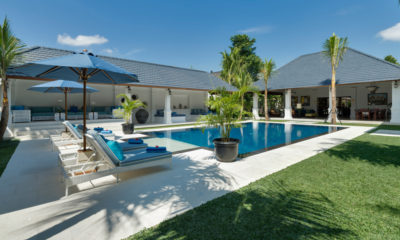 Windu Villas Gardens and Pool, Petitenget | 6 Bedroom Villas Bali